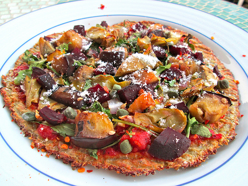 Cheese-less Cauliflower Crust Pizza