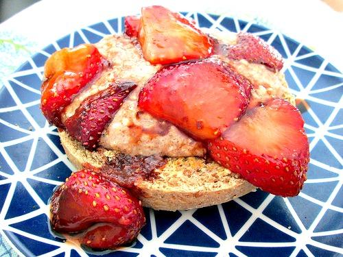 Balsamic Strawberries and Cream 1