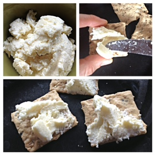 Ricotta Crackers