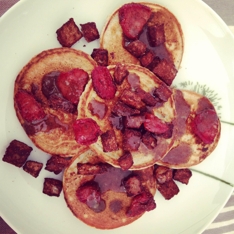 Peanut Butter-Coconut Flour Pancakes