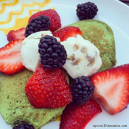 Irish Cream Green Protein Pancakes