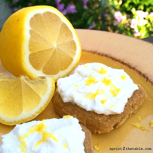 Protein Lemon Bars with frosting