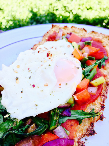 Cauliflower Crust Breakfast Pizza - gluten-free, diary-free, and amazingly delicious!