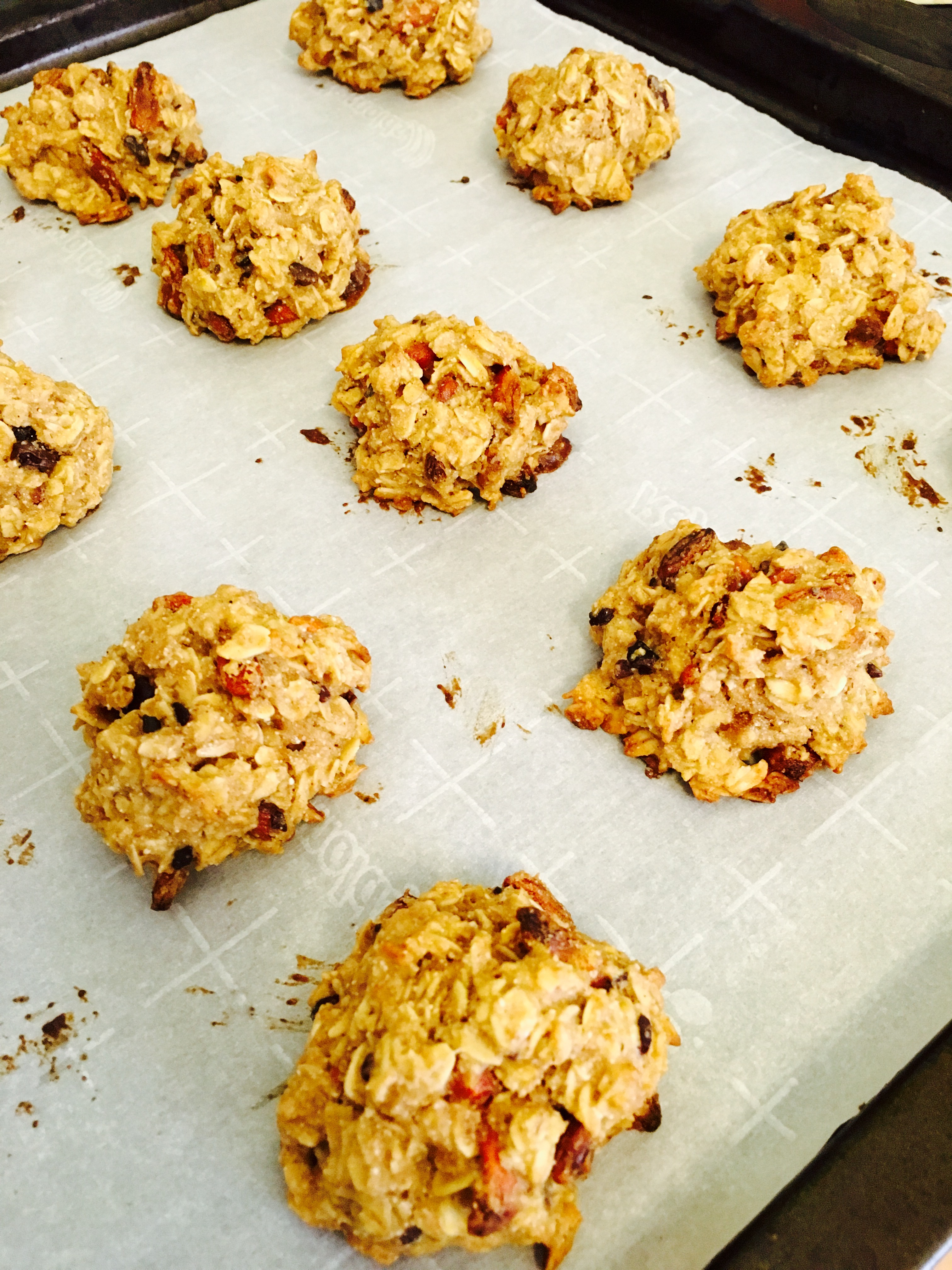 Chewy Granola Cookies