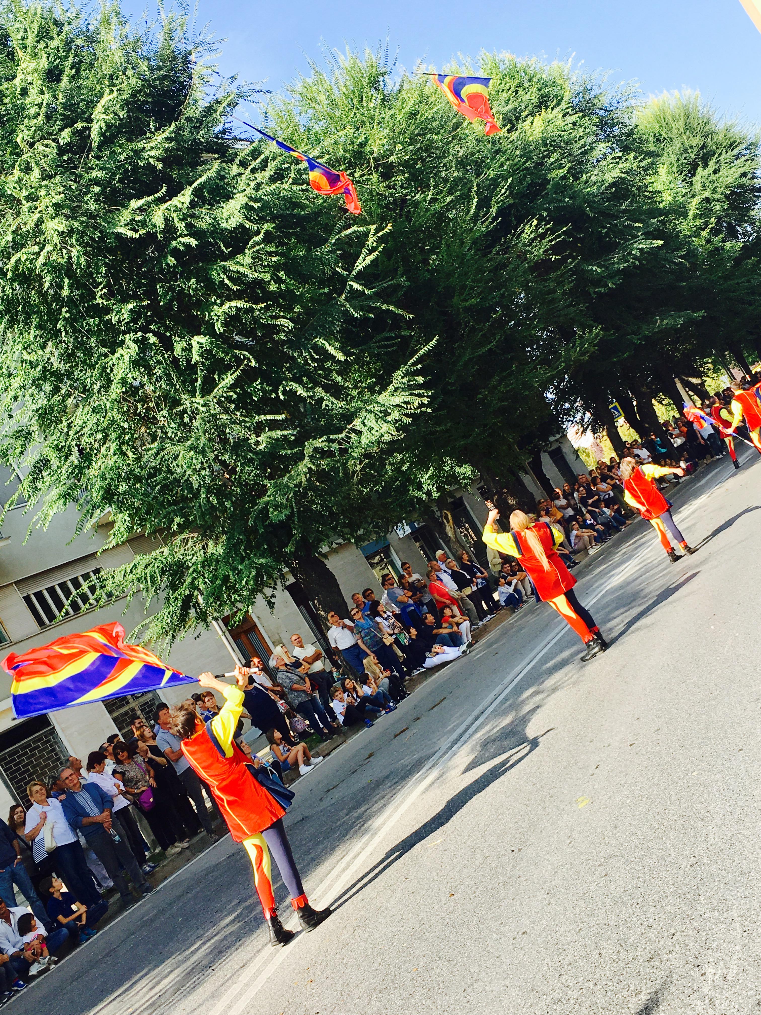 parade-in-alba-italy