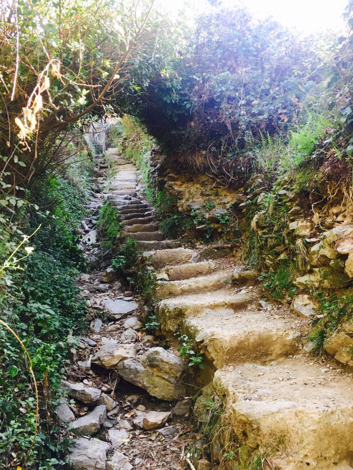 Stairs on the hike from Monterosso to Vernazza