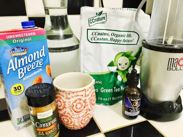 how to make matcha tea with almond milk