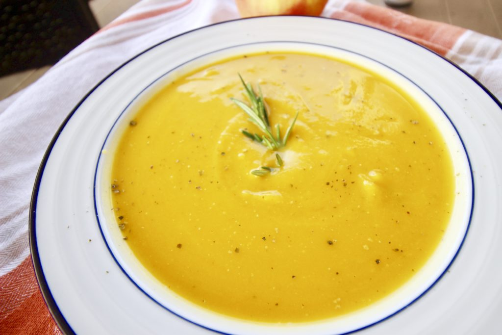 This Butternut Squash & Apple Soup is healthy, cozy dinner, and it reheats really well for an easy lunch or dinner. Serve it with a warm, crusty baguette and a crisp, bright Sauvignon Blanc.